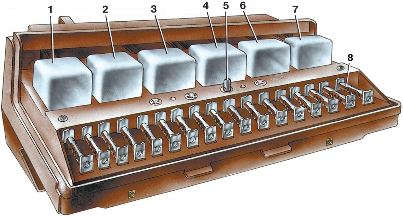 Монтажный блок предохранителей ваз 2107 и ваз 21074 инжектор